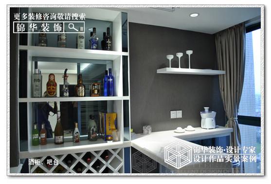 小型餐厅酒柜设计