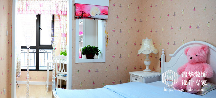 金科米兰140平三室两厅简欧风格实景图装修-三室两厅-简欧