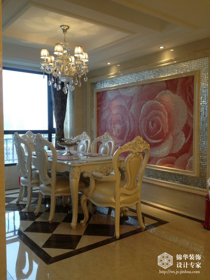 金科米兰米兰141平三室一厅欧式风格实景图装修-三室一厅-简欧