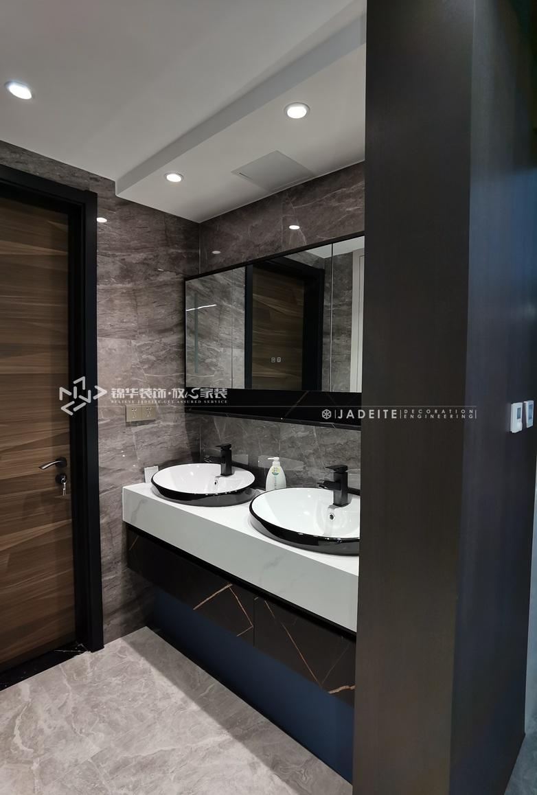 现代风格-三室两厅-130平-装修实景效果图