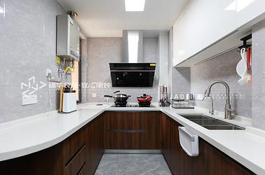 小厨房就这样设计,空间利用率最大