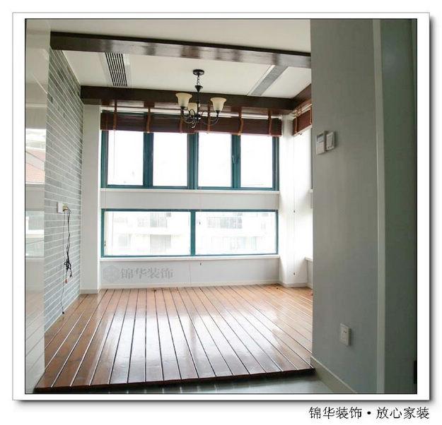 玻璃 装修/名称两面都是玻璃窗户的练功房,空气清新视野开阔...