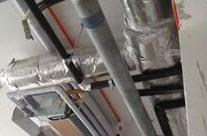 顶排水管横平竖直独立吊装