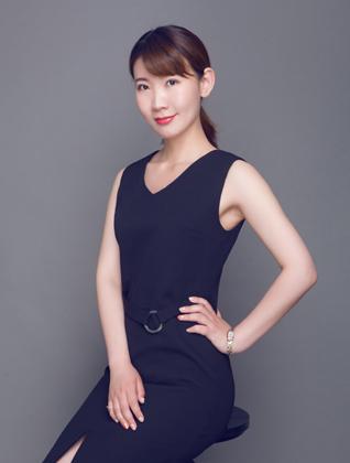 乐投手机版装饰设计师-张楠