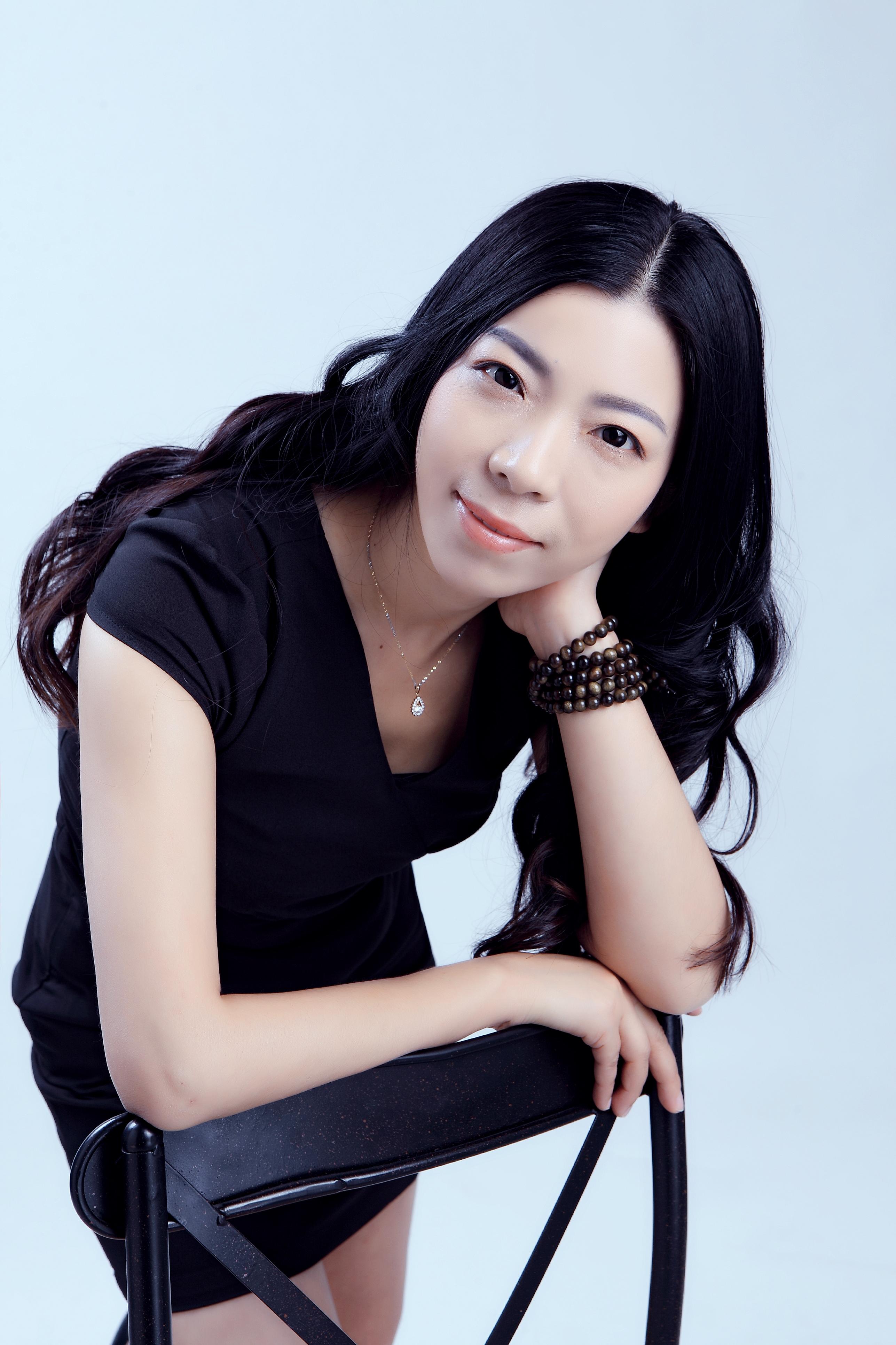 锦华装饰设计师-杨茜