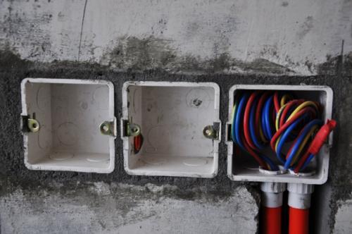 插座面板购买及安装的注意事项