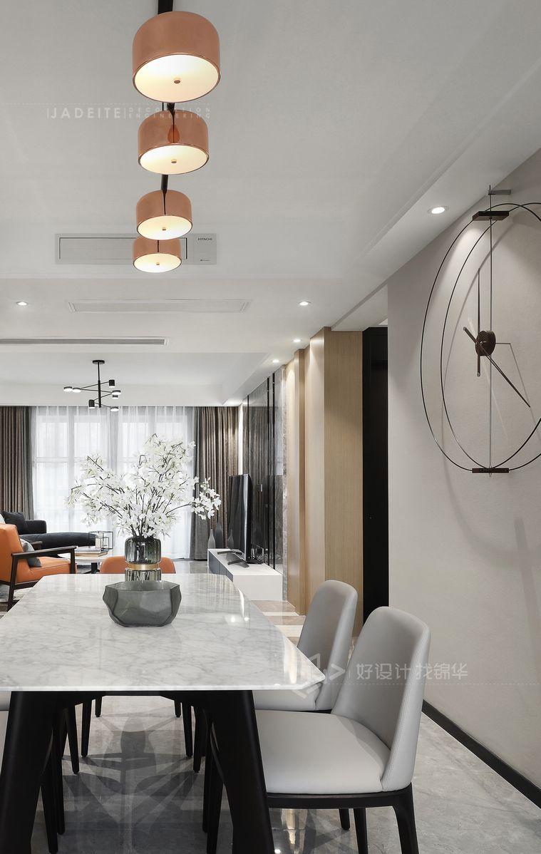 现代简约 三室两厅 万和华府130平米