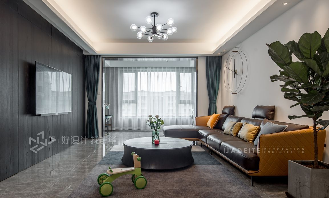 现代风格-优山美地名邸-3室2厅-135平米装修