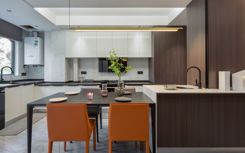 现代简约-五洲幸福湾126平米- 三室两厅装修案例
