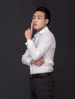 锦华装饰设计师-杨明