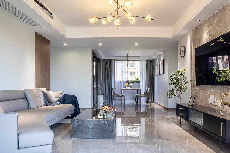 棕榈湾  130平米 三室两厅一卫  现代简约风格装修设计
