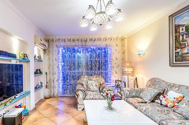 150平四室两厅两卫地中海风格实景图