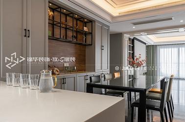 混搭风格-绿地海珀云玺-四室两厅-268平-装修实景效果图