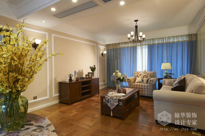 太湖国际三室两厅两卫美式风格实景图