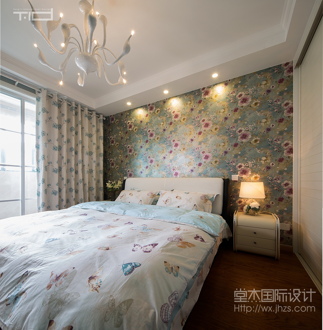 少年卧室窗帘效果图