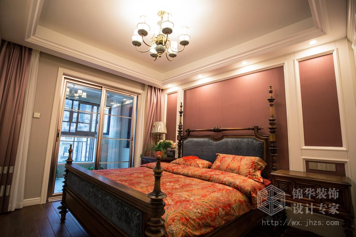 在主卧室的设计中,也要给主人创造出一个很放松的空间,让客户充分的得