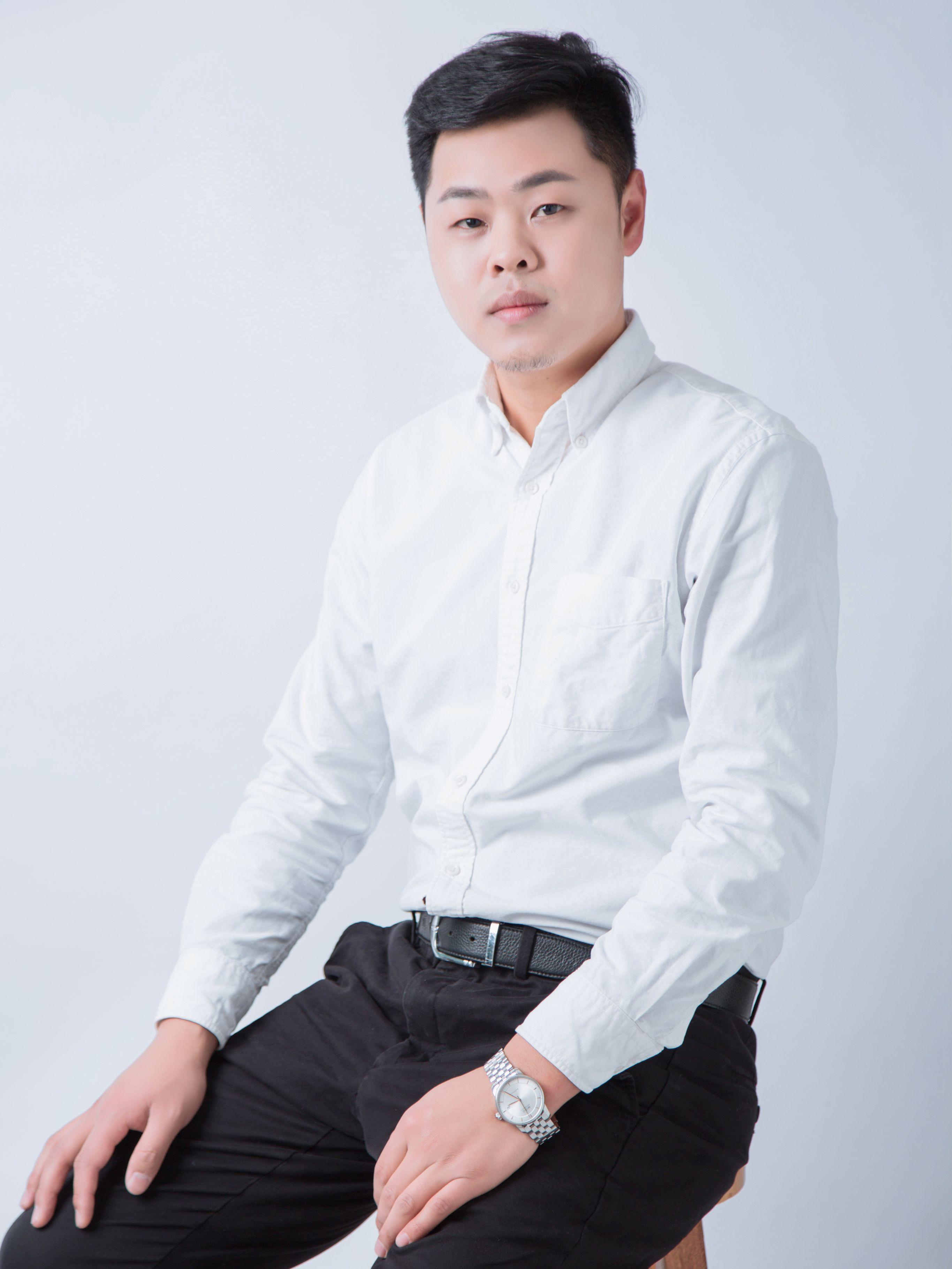 锦华装饰设计师-邹欣