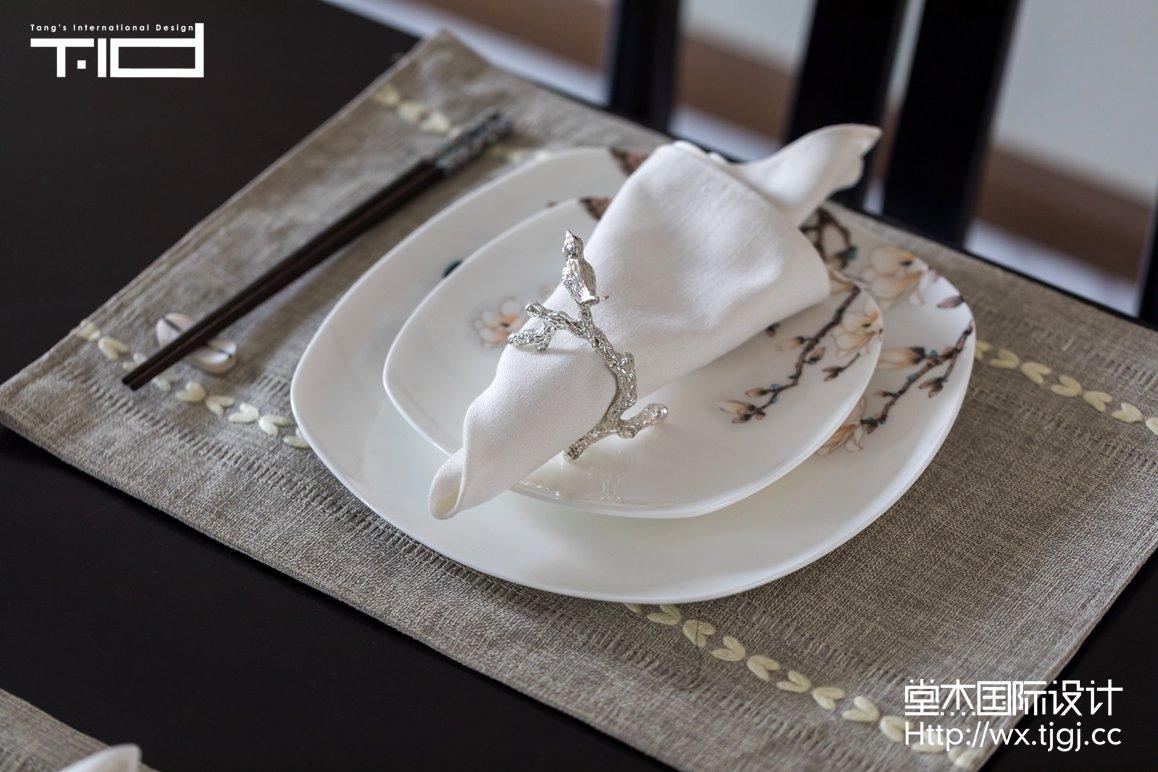 轻奢风格-玉兰花园-大户型-180平-餐厅-装修效果实景图