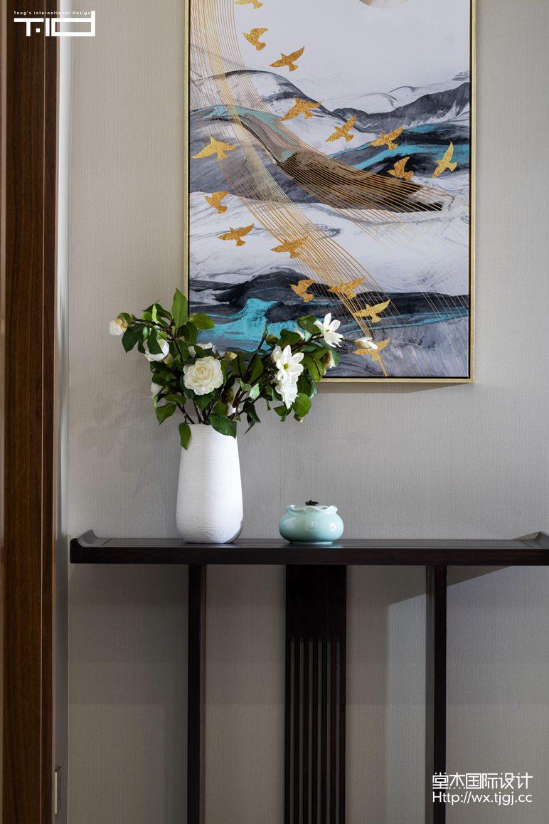 轻奢风格-玉兰花园-大户型-180平-玄关-装修效果实景图