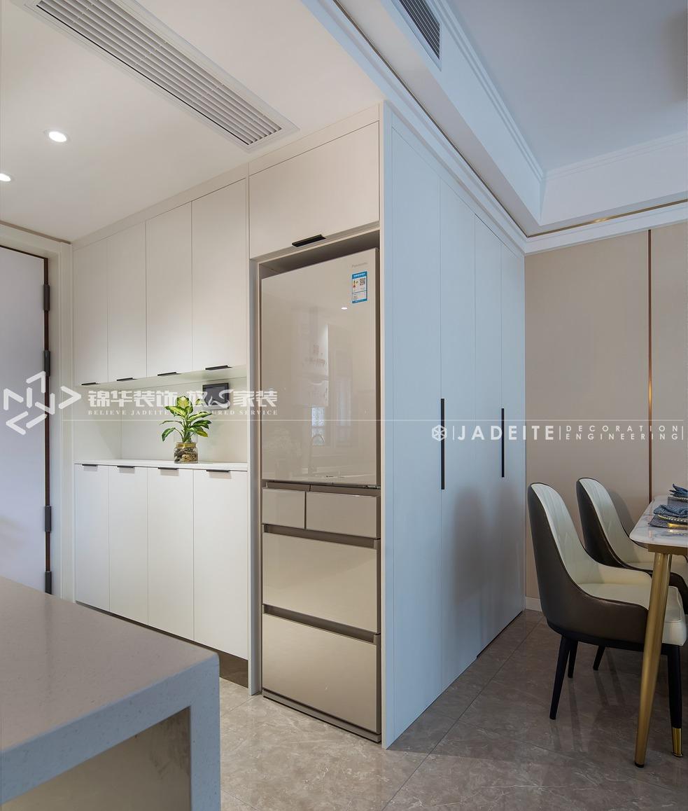 轻奢风格-运河壹号府-三室两厅-90平-餐厅-装修实景效果图