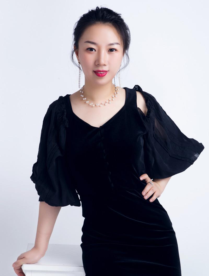 锦华装饰设计师-朱伶俐