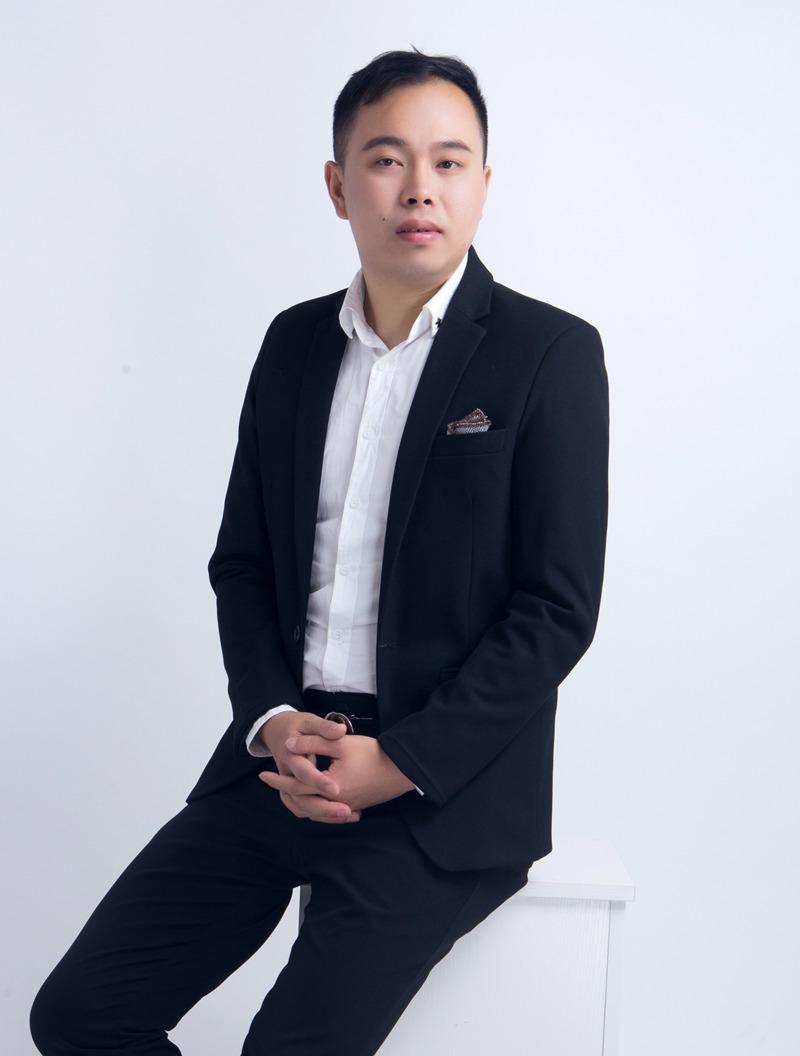 锦华装饰设计师-邹小飞
