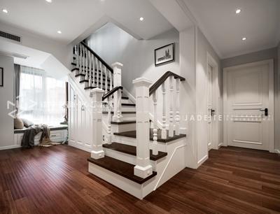 跃层复式的楼梯间该怎么装修设计?