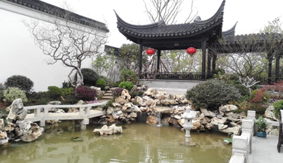 徐州最美中式庭院:晚风庭院落梅初,淡云来往月疏疏