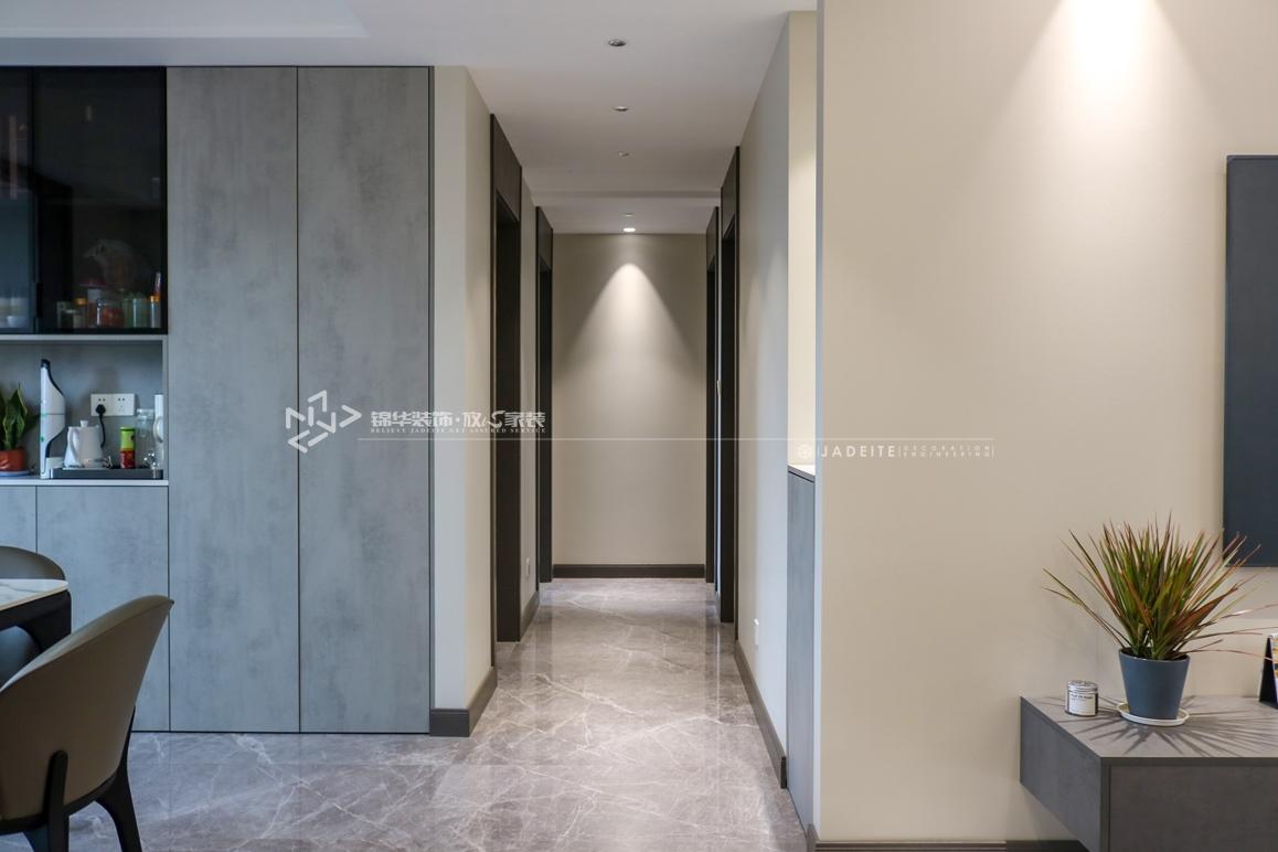 现代简约奢-悦珑湾-四室两厅-132㎡装修实景效果图装修-四室两厅-现代简约