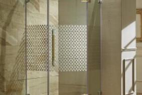 锋系列-钻石型平开门淋浴房