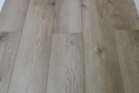 天然橡木-强化地板