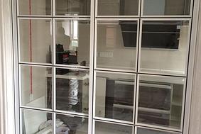 白玻加黑线—厨房阳台